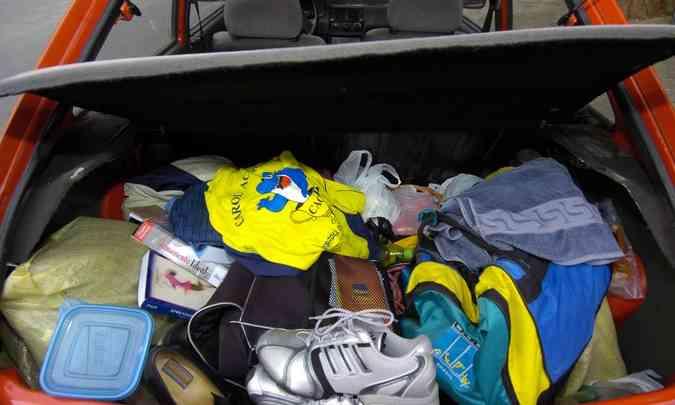 Carregar tralhas desnecessárias no carro ajuda a aumentar o peso e o consumo de combustível(foto: Jorge Gontijo/EM/D.A Press)