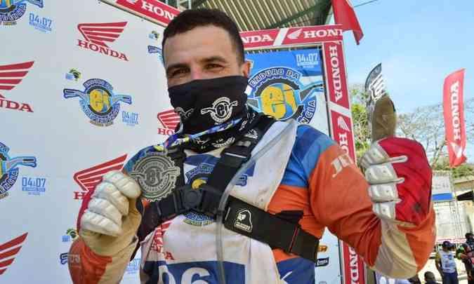 Emerson Loth vencedor do Enduro da Independência 2020 na categoria Elite(foto: Janjão Santiago/Mundo Press)