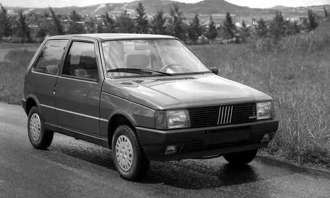 Fiat Uno SX era a versão de topo em 1984(foto: Fiat/Divulgação)