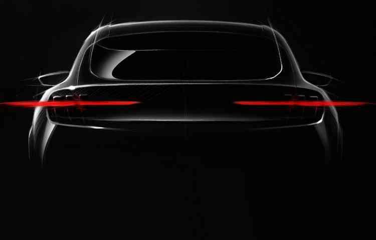 Modelo da Ford faz parte da investida de 40 híbridos em seu portfólio. Foto: Ford / Divulgação -