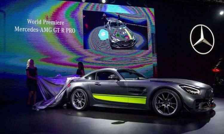 Mercedes-Benz AMG GT R PRO tem motor V8 de 577cv e acelera até 100km/h em 3,5 segundos - Los Angeles Auto Show/Divulgação