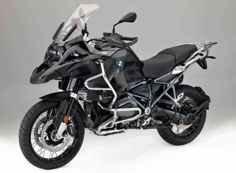 A nova R 1200 GS Triple Black tem pintura preta e detalhes de acabamento - BMW/Divulgação