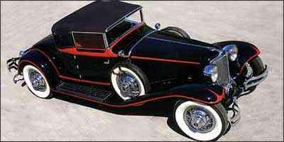 Modelo com tração dianteira e belo desenho da carroceria - Fotos: Chrystie's/Divulgação