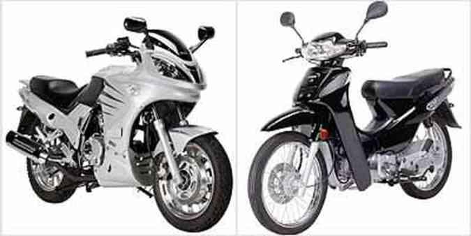 Motoneta Easy 110 (preta) vem equipada com câmbio rotativo, partida elétrica e freio a disco dianteiro. Modelo Sport 150 (prata) tem porte avantajado e parece maior do que é