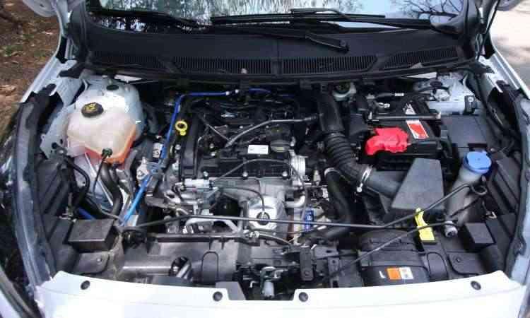 Motor 1.0 de três cilindros dá conta do recado - Edésio Ferreira/EM/D.A Press