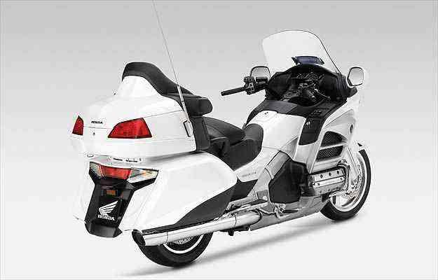 Os freios com sistema antitravamento são combinados e progressivos - Honda/Divulgacao