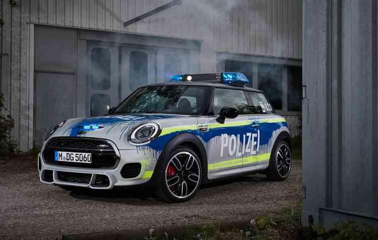 O MINI John Cooper Works da polícia alemã  - Divulgação