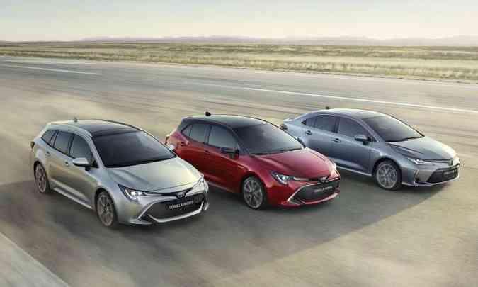 Família Corolla é formada por perua, hatch e sedã(foto: Toyota/Divulgação)