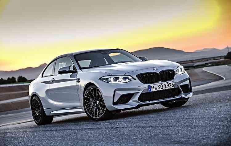 Novo BMW M2 Competition recebeu atualizações debaixo do capô. Foto: BMW / Divulgação -