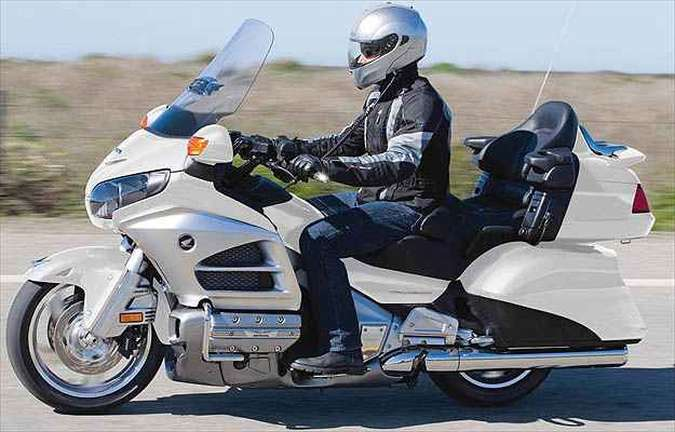 Novo desenho das bolsas aumentou a capacidade de carga(foto: Honda/Divulgacao )