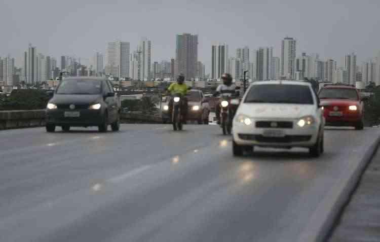 Faróis de neblina e de milha podem até ser opcionais, mas auxiliam na estrada - Rafael Martins/ DP