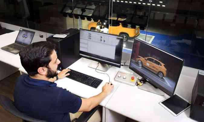 O start do teste de impacto é dado a partir da sala de controle(foto: FCA/Divulgação)