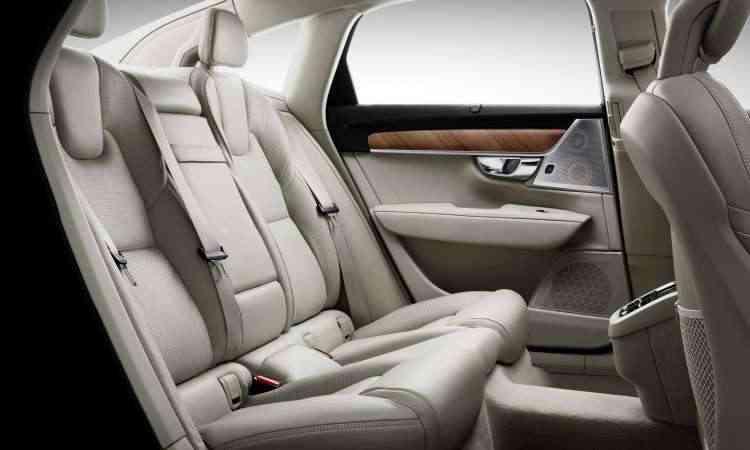O espaço interno é generoso até mesmo para quem senta no banco traseiro - Volvo/Divulgação