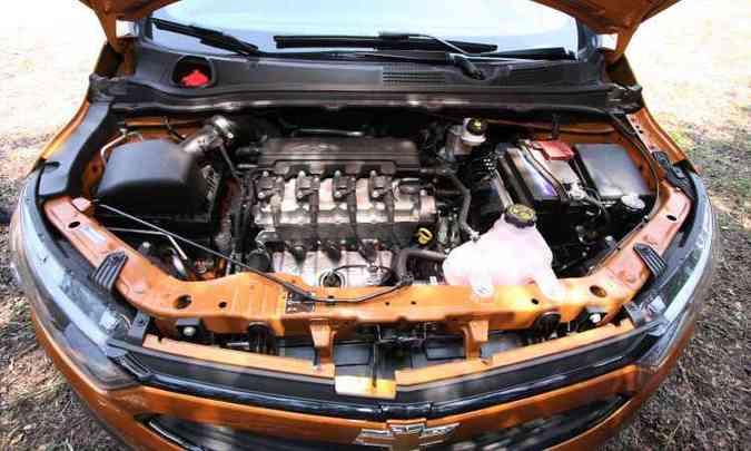 Motor 1.4 flex proporciona bom desempenho, com arrancadas e retomadas ágeis(foto: Edésio Ferreira/EM/D.A Press)