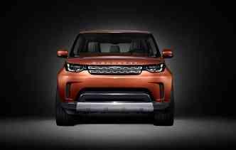A única informação do utilitário até agora é que ele terá capacidade para transportar até sete pessoas(foto: Land Rover / Divulgação)