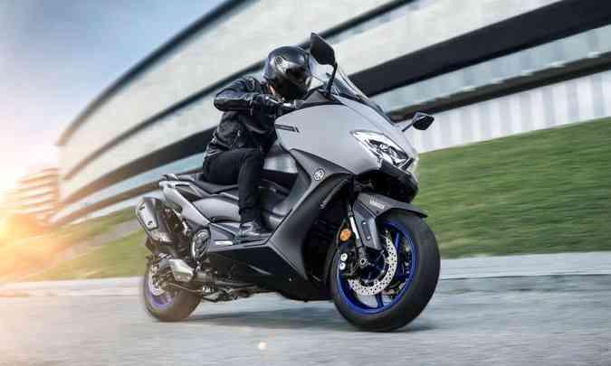 A sétima geração também teve o visual modernizado, com novas carenagens(foto: Yamaha/Divulgação)