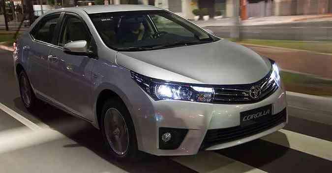 Carro recebeu segundo reajuste do ano: Corolla Altis vale R$ 101.990(foto: Toyota/divulgação )
