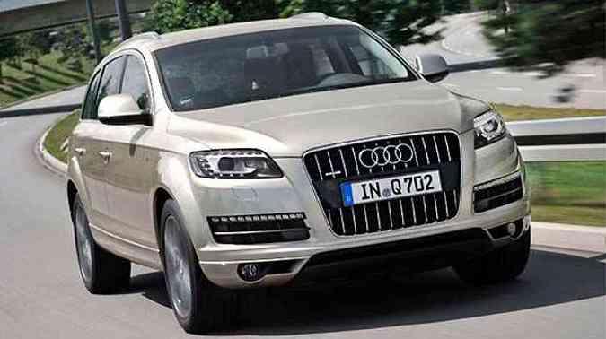 Audi Q7 2011 tem câmbio de oito marchas - Vrum