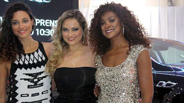 Débora Nascimento, Hellen Roche e Cris Viana  -  Marcello Oliveira/EM/D.A PRESS