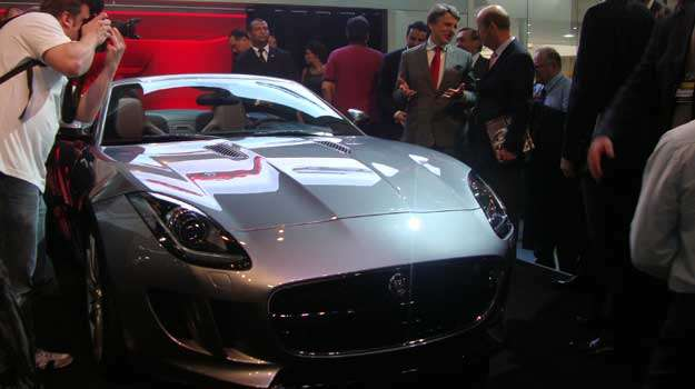 Jaguar F-Type une elegância e esportividade - Paula Carolina/EM/D.A PRESS