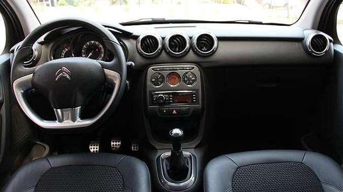 Interior do Citroën C3 Exclusive 1.6 (foto: Marlos Ney Vidal/EM/D.A Press)