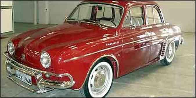 Dauphine fabricado no Brasil pela Willys Overland, com licença da Renault, teve seu nome mudado para Gordini em 1962(foto: Fotos: Paula Carolina/Especial para o EM)