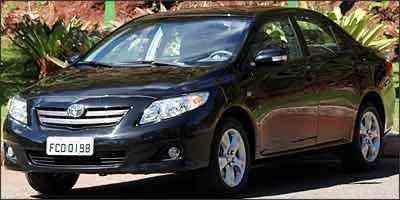 De valor intermediário, o Corolla é o segundo menos equipado do segmento - Marlos Ney Vidal/EM/D. A Press - 10/6/08