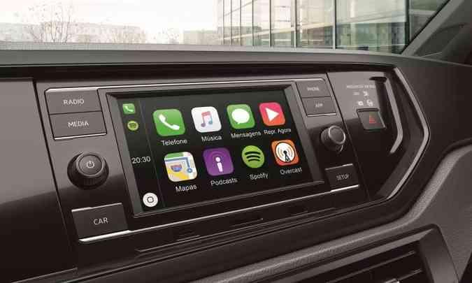 O sistema de infotainment Composition Touch traz tela colorida sensível ao toque de 6,5 polegadas(foto: Volkswagen/Divulgação)