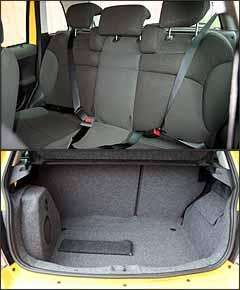 Falta cinto de três pontos para o passageiro central traseiro. Subwoofer roubou espaço da bagagem no porta-malas - Marlos Ney Vidal/EM - 6/3/08