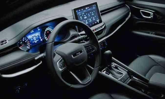O interior do novo Compass traz algumas novidades, entre elas a tela flutuante de 10,1 polegadas(foto: Jeep/Divulgação)