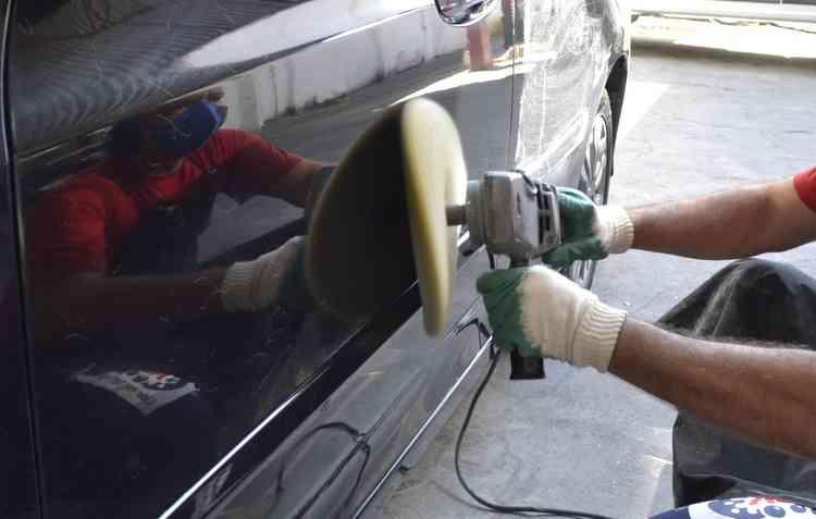 Pequenos reparos podem ser resolvidos com polimento. Foto: Piera Lobo / Esp. DP -