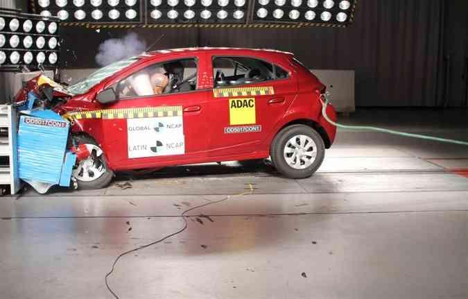 O Onix superou a polêmica dos testes antigos e recebeu melhorias estruturais(foto: Latin NCAP/Divulgação)