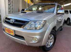 Toyota Hilux Sw4 Srv D4-d 4x4 3.0 Tdi Dies. Aut em Goiânia, GO valor de R$ 105.500,00 no Vrum