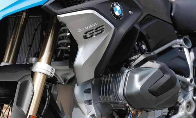 O motor boxer agora com 1.254cm³ ganhou comando de válvulas variável(foto: BMW/Divulgação)