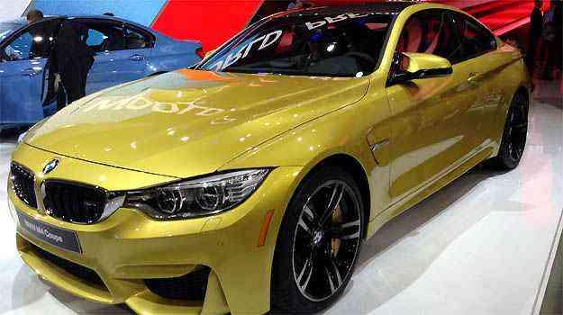 BMW M3 e M4 Ambos carregam a letra mágica da divisão esportiva da BMW e propulsor de 431cv de potência e seis cilindros em linha. M3 e M4 (foto) têm tudo para brilhar. O último aporta em nossas terras brevemente - Marcus Celestino/EM/D.A PRESS