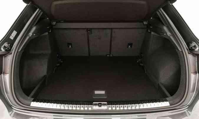 O porta-malas foi aumentado em 70 litros, totalizando 530 litros(foto: Chris Castanho/Audi/Divulgação)