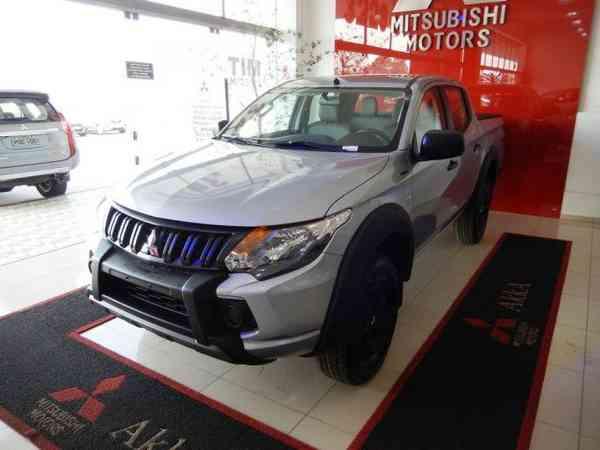 Mitsubishi L200 Triton Sport Glx Outdoor 2.4 Diesel 2022 R$ 200.990,00 MG VRUM