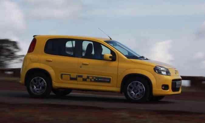 Segunda geração foi lançada em 2010 com o conceito de design 'quadrado redondo'(foto: Marlos Ney Vidal/EM/D.A Press)