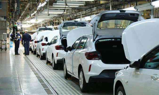 O Chevrolet Onix é produzido na fábrica da General Motors em Gravataí, no Rio Grande do Sul(foto: General Motors/Divulgação)