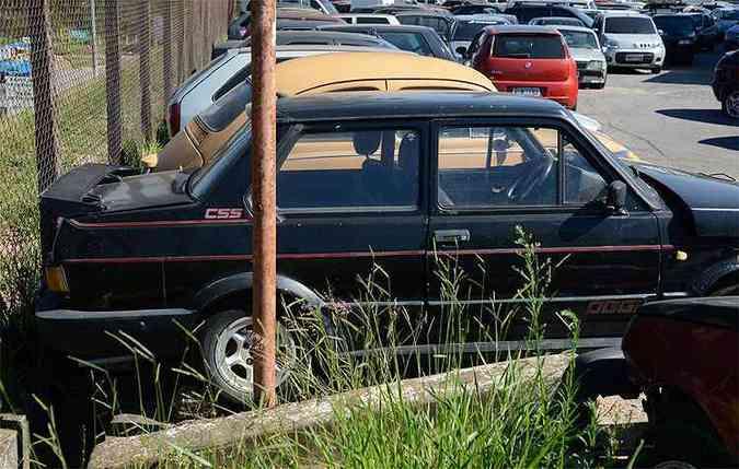 Fiat Oggi CSS 1985 - Apesar do péssimo estado, é um modelo raro. Apenas 300 unidades foram fabricadas. Apreendido em 30 de agosto de 2014 por falta de licenciamento(foto: Thiago Ventura/EM/D.A Press)