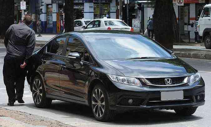 Honda Civic, Toyota Corolla, Chevrolet Cruze e Ford Focus Sedan podem ser uberBlack(foto: Jair Amaral/EM/D.A Press)