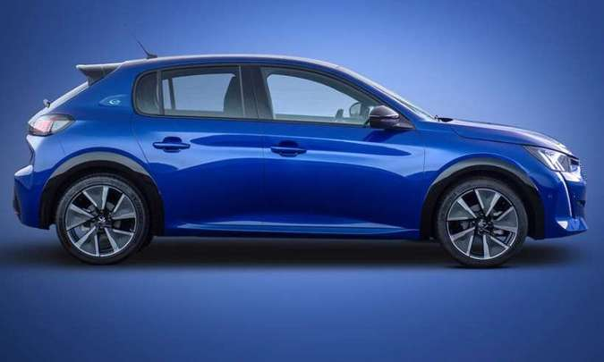 Molduras nas caixas de rodas e spoiler na traseira denunciam a versão esportiva do hatch(foto: Peugeot/Divulgação)