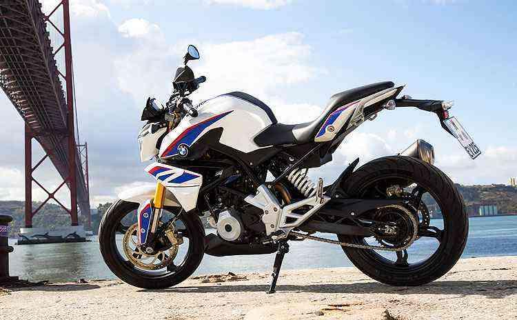 A pequena naked tem rodas de liga leve com aros de 17 polegadas - BMW/Divulgação