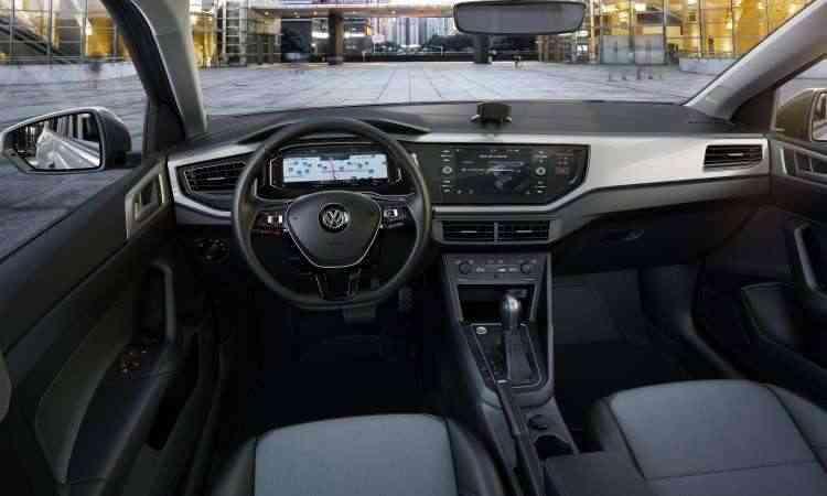 Com interior minimalista, Virtus só se destaca quando equipado com o painel de instrumento digital e a central multimídia com tela de 8 polegadas - Volkswagen/Divulgação