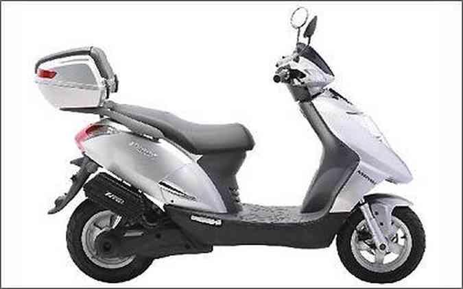 Scooter Prima Electra tem potência de 2 mil watts e atinge até 60 km/h