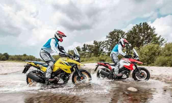 A versão aventureira XT tem rodas raiadas, mais apropriadas para encarar terra(foto: Suzuki/Divulgação)