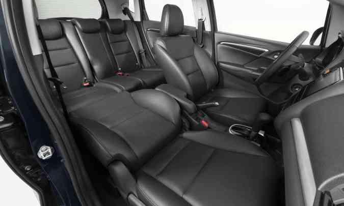 De série em todas as versões, o sistema Magic Seat permite diferentes configurações dos bancos(foto: Honda/Divulgação)
