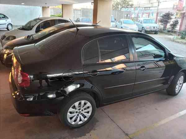 Volkswagen Polo Sedan 1.6 MI Total Flex 8v 4p