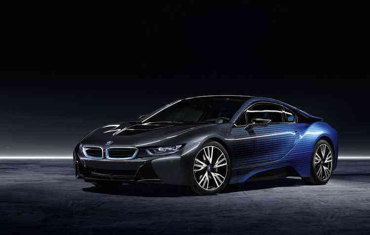Esportivo vai de 0 a 100 km/h em 4,4 segundos - BMW / Divulgação