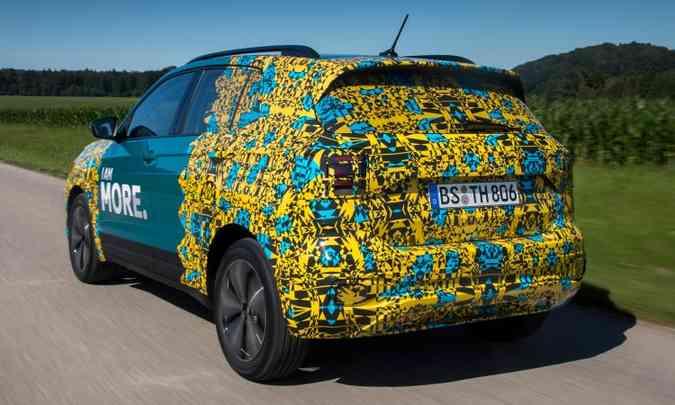 Mas a capacidade do porta-malas é de 390 litros, ou seja, menor do que os principais concorrentes(foto: Volkswagen/Divulgação)